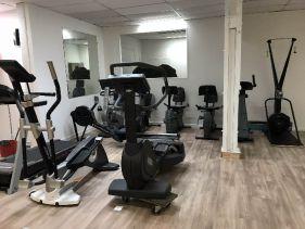 salle de sport h rouville st clair clubs fitness s ance gratuite ici. Black Bedroom Furniture Sets. Home Design Ideas