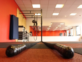salle de sport les ulis clubs fitness s ance gratuite ici. Black Bedroom Furniture Sets. Home Design Ideas