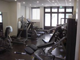 salle de sport boulogne billancourt clubs fitness s ance gratuite ici. Black Bedroom Furniture Sets. Home Design Ideas