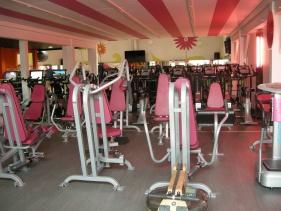 salle de sport st max clubs fitness s ance gratuite ici. Black Bedroom Furniture Sets. Home Design Ideas